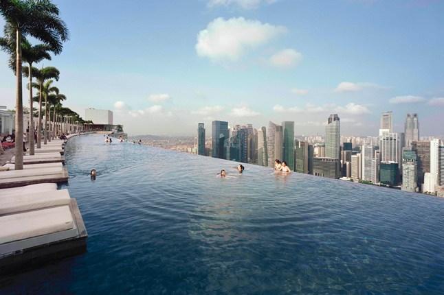 Marina-Bay-Sands-2-Traveller-9Jul13-PR_b_646x430