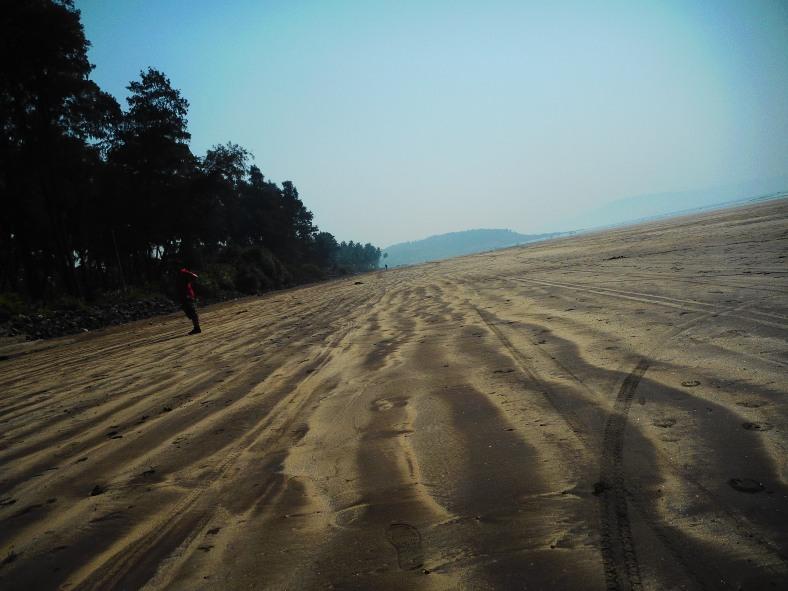 Feet on the map, Murud, Golden Swan Beach Resort