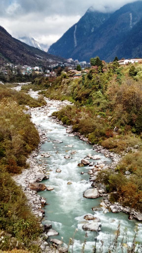 yumthang-river
