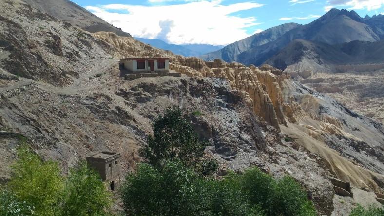 remote homes.jpg